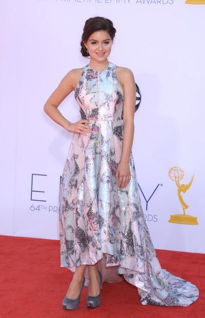 Ariel Winter vestido Katharine Kidd Emmy 2012