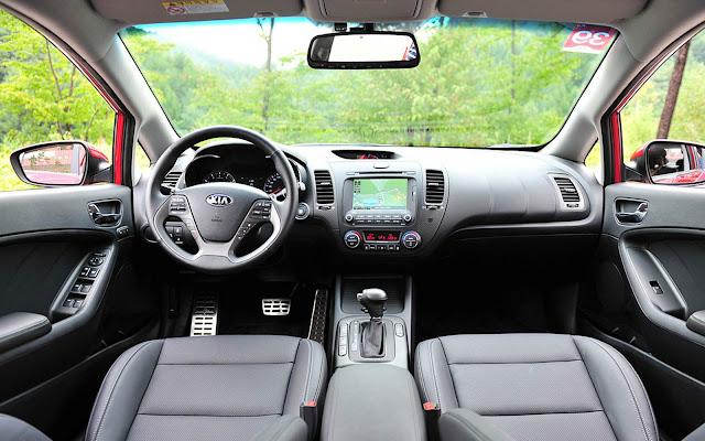 Novo Kia Cerato 2014 Flex - interior
