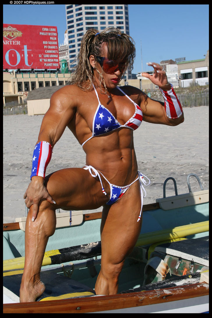 Betty Viana - Adkins Hot Legs And Ripped Muscles In A Bikini
