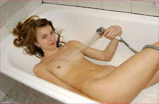 Free Sexy Picture - rs-010-734077.jpg