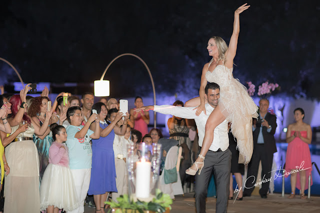 http://www.cyprus-photo.com/2015/01/perfect-cyprus-wedding-froso-giorgos/