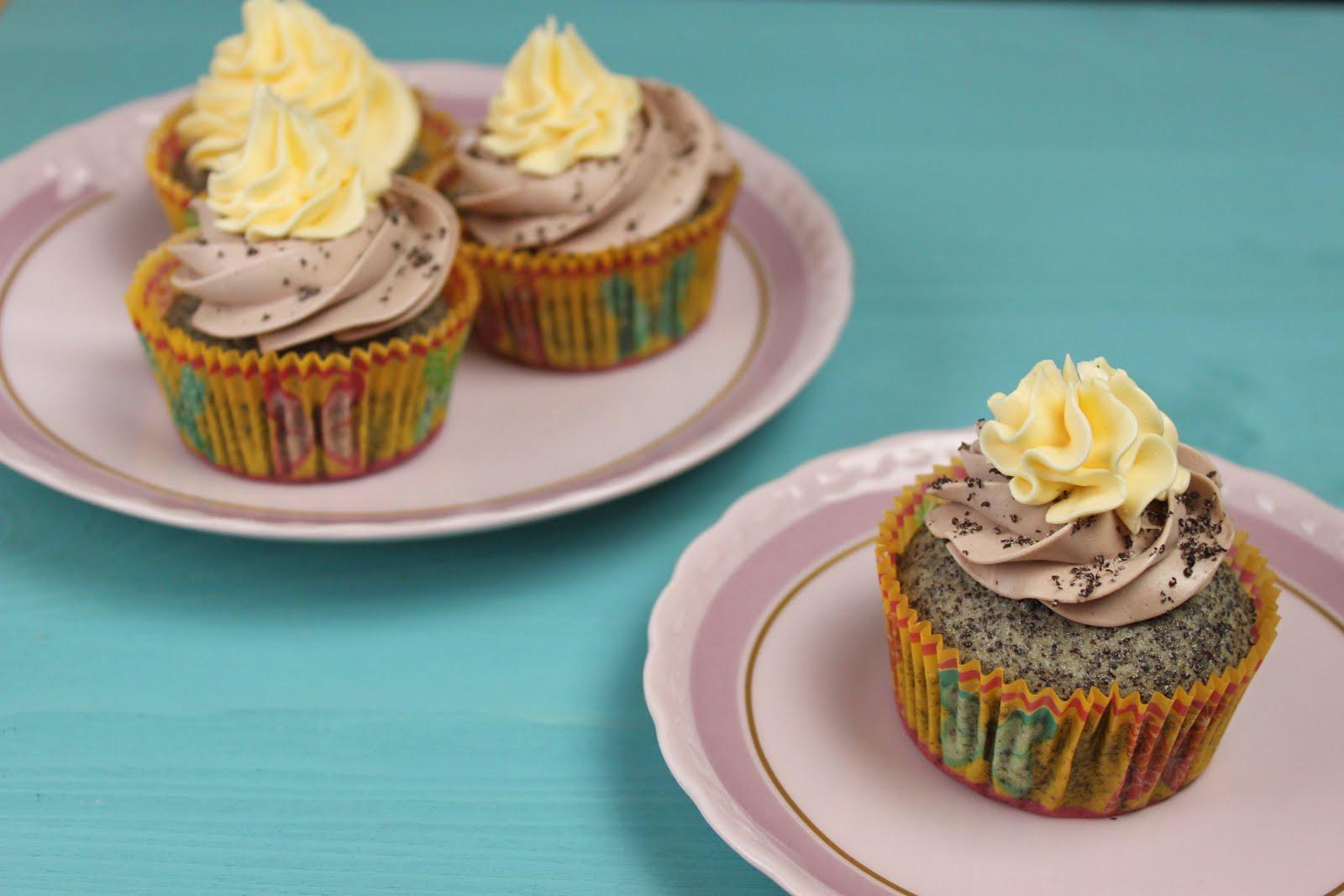 mohn cupcakes backen cupcake topping jamblog. Black Bedroom Furniture Sets. Home Design Ideas