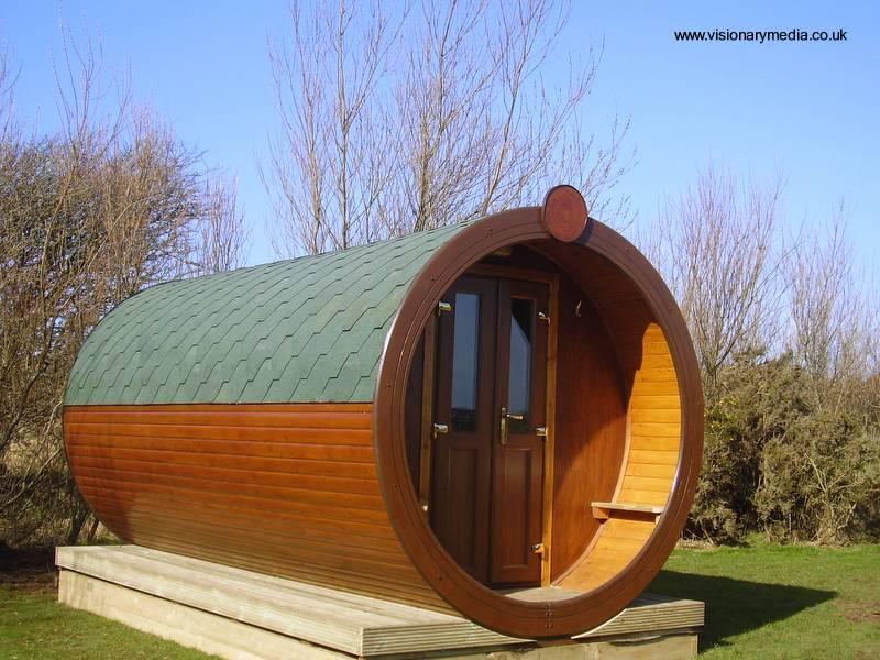 Arquitectura de casas cabinas cil ndricas de madera para - Casas de madera redondas ...