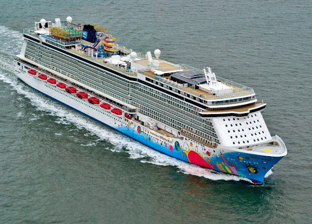 norwegian breakaway aerial photo