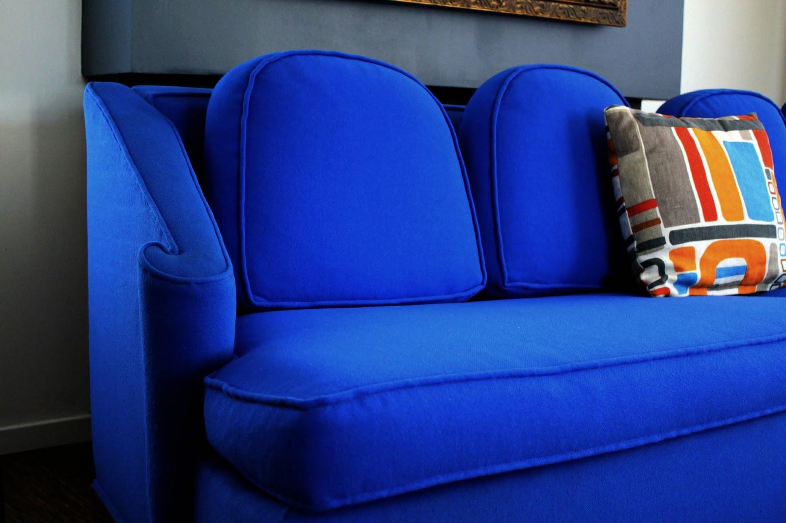 Awesome Electric Blue Retro Sofa