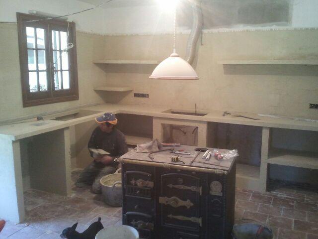 Reformas julio camarena cocina con cemento pulido for Gabinetes en cemento