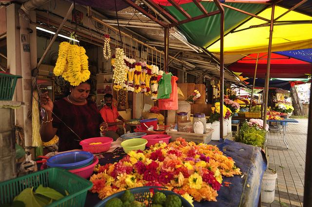 售卖鲜花的小摊