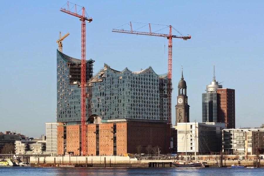 Bald unter Denkmalschutz: Historische Baukräne