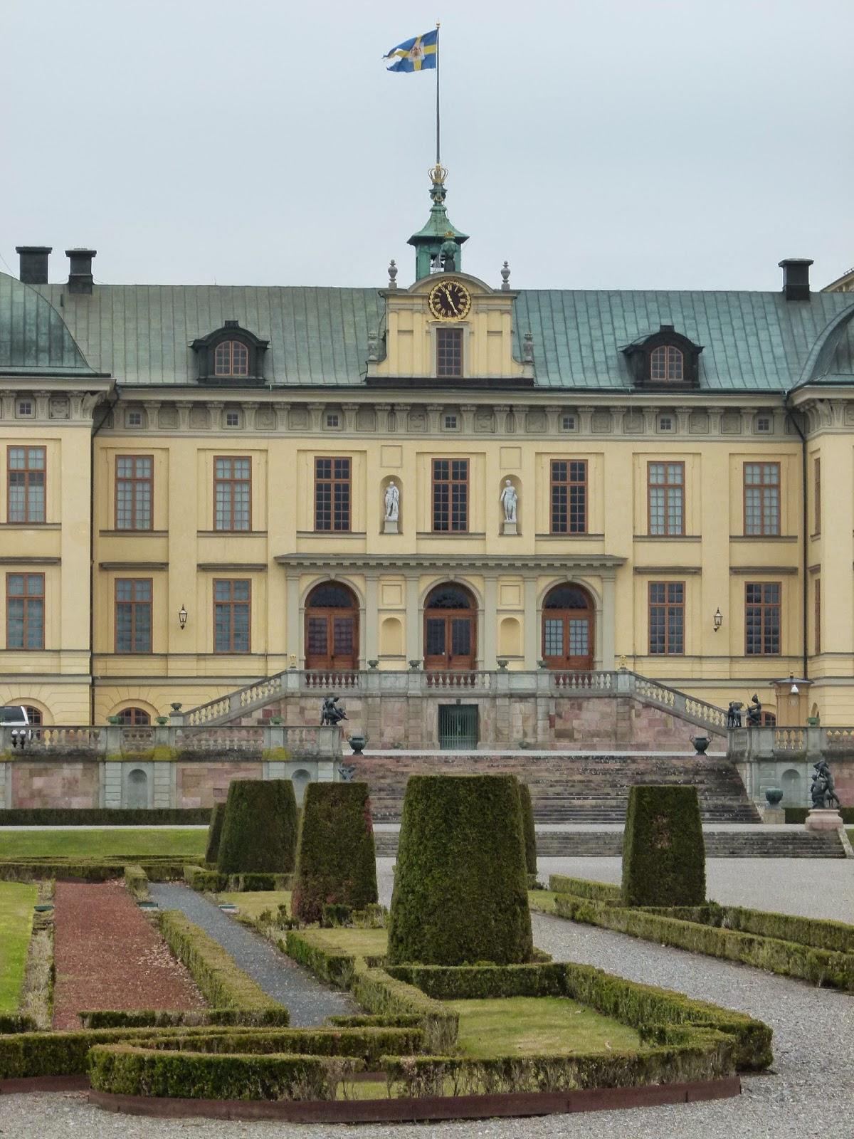 drottningholm castle stockholm summer winter