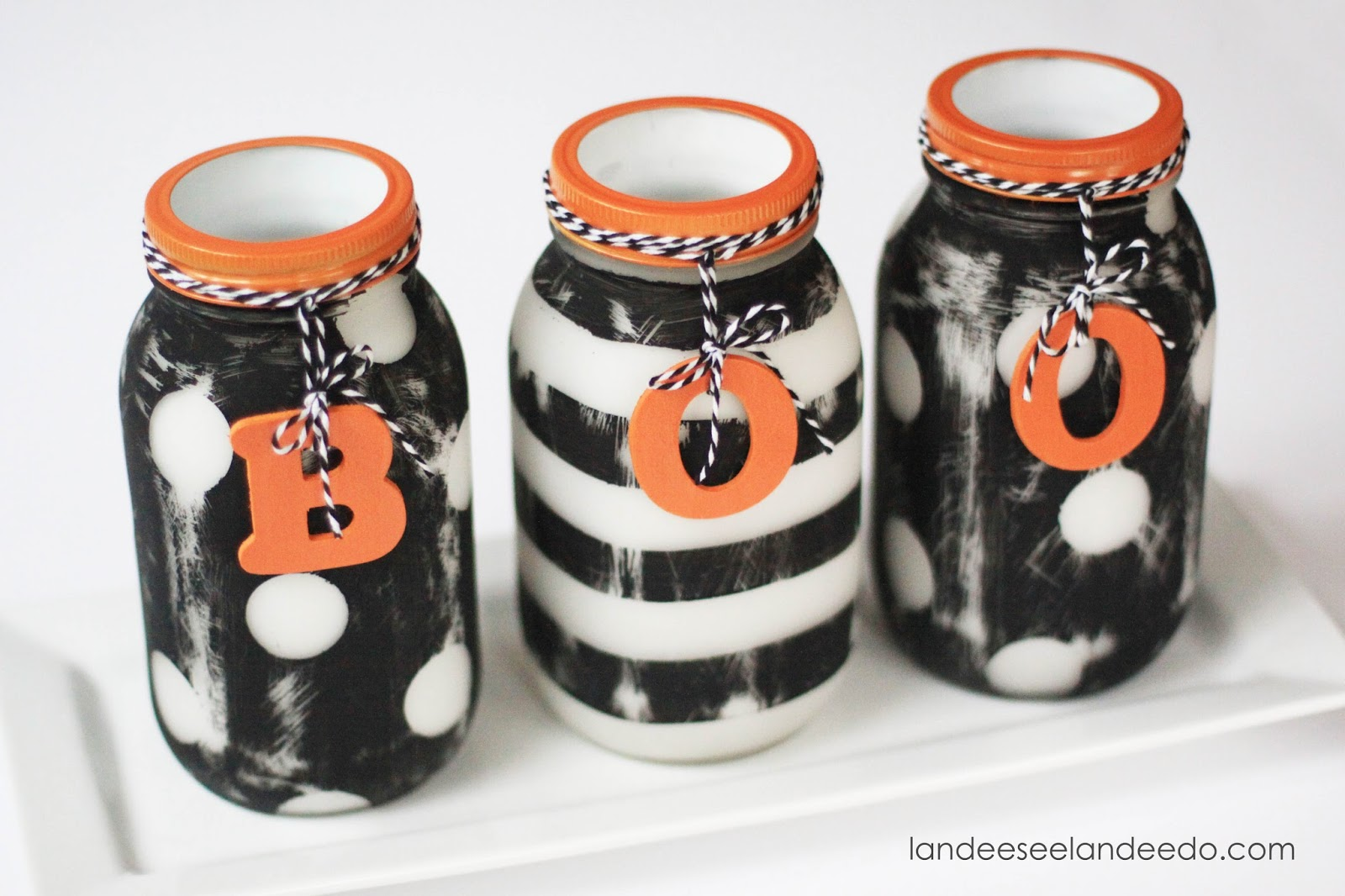 halloween painted mason jars - eighteen25