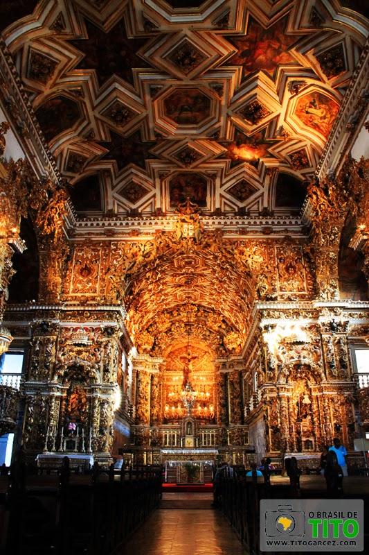Interior da Igreja de São Francisco, no Centro Histórico de Salvador, na Bahia - Por Tito Garcez em 2013