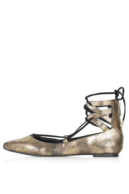 gold lace tie shoes, gold ghillie shoes, gold lace up flats,