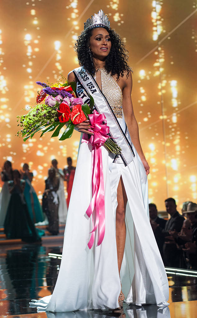 KARA McCULLOUGH IS MISS USA 2017