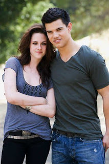 Kristen Stewart with 'Twilight' co-star Taylor Lautner