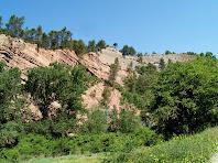 Materials de la Formació d'Artés en els estrats de les parets de la Gavarresa