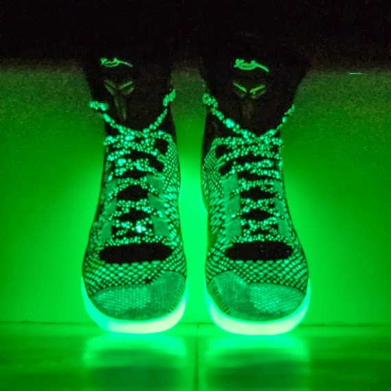 Kobe 9 Elite Hero Pure Platinum Green Glow Purple Womens