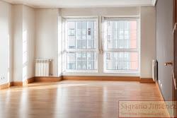 Piso de dos dormitorios en alquiler en Vioño, garaje. 600€