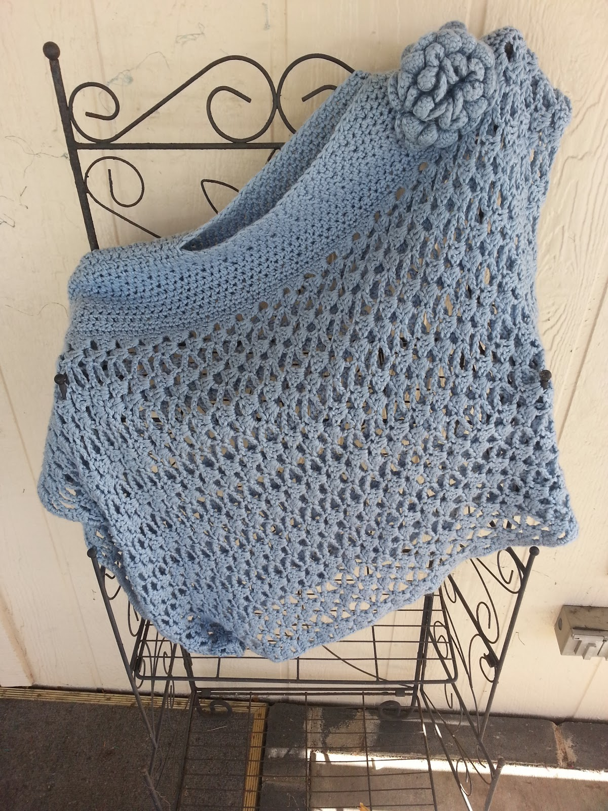 Tw-In Stitches: Lacy Trellis Poncho - Version 1 - Asymetrical Look
