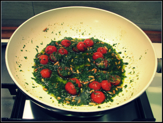 Pasta with Pesto, Pine Nuts and Cherry Tomatoes