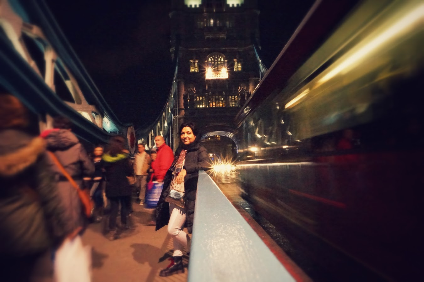 Puente+de+la+Torre+de+Londres+noche