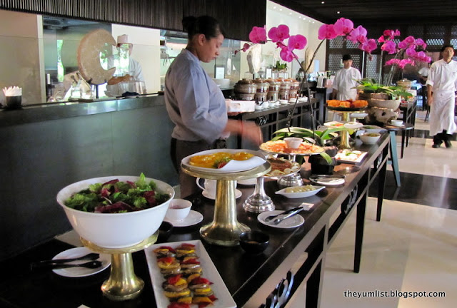 bubbly brunch, the club, the restaurant, saujana resort, sunday brunch, free flow