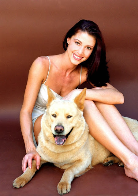 Shannon Elizabeth and Dog
