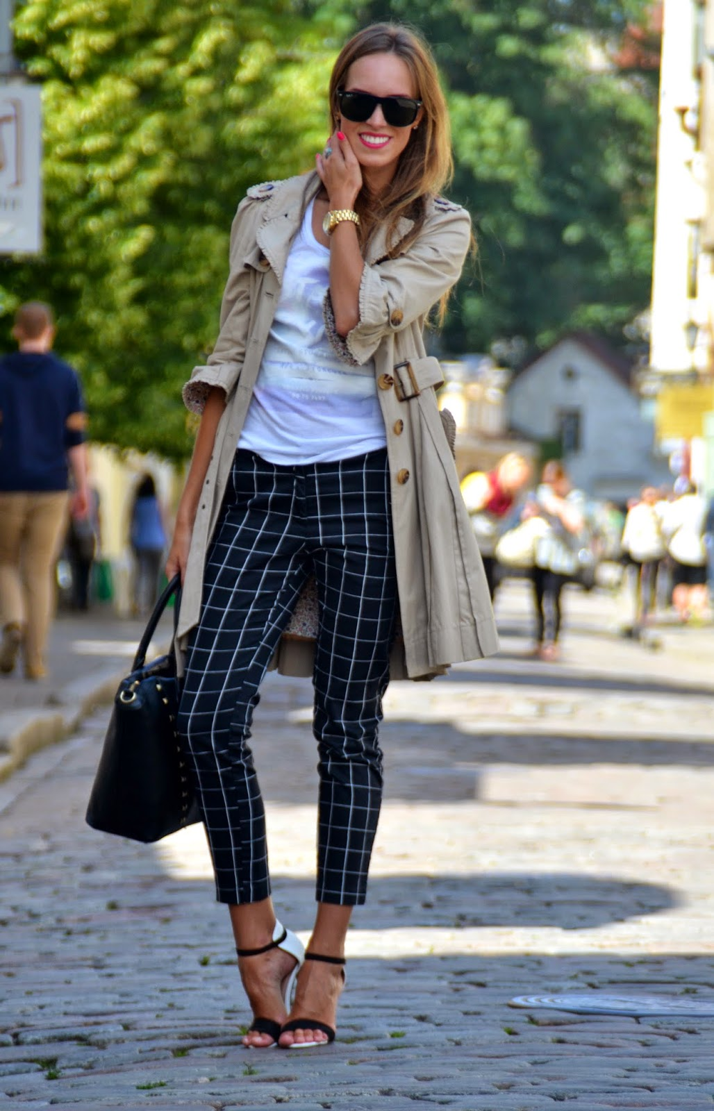 hm stripe ankle pants white tshirt coat