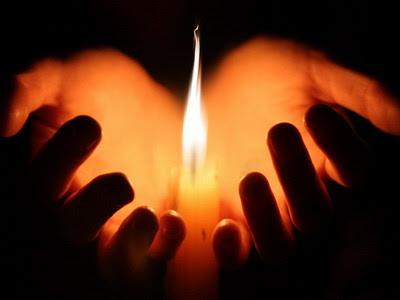 Cara belajar mengendalikan api (pyrokinesis)
