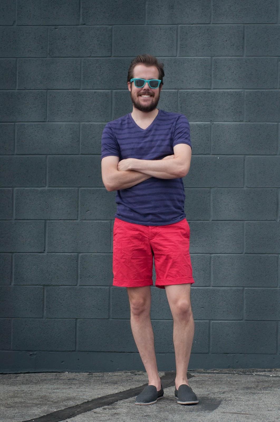 mens style, mens fashion blog, h and m, zara shoes, rayban wayfarer, v neck shirt, stripes,
