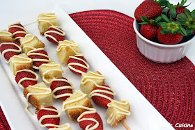 Melissa's Cuisine: White Chocolate Strawberry Pound Cake Skewers