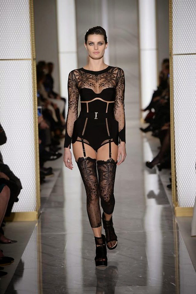 paris lingerie fashion show
