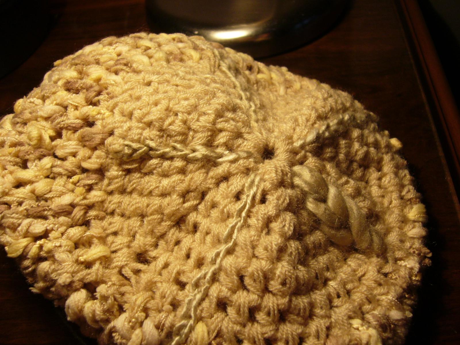 Gorros y Boinas tejidas (2). Aquí va alguna imagen de las que estoy  haciendo. f9c00987204