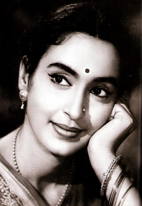hindi movie actress nutan various photographs 1950 60 39 s On old indian actress photos