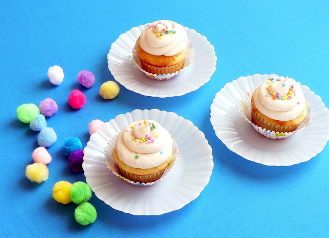 Classic Vanilla Buttercream Icing recipe, icing for cupcakes