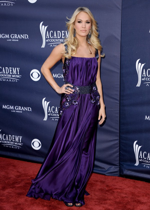 Carrie Underwood 2011 Country Music Awards-4