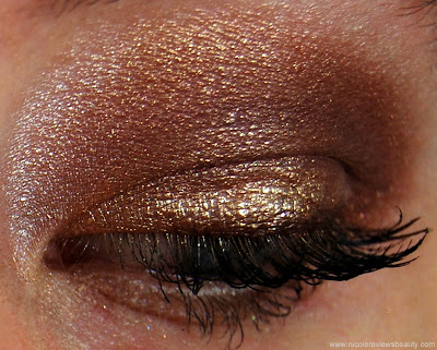 Burberry Sheer Eyeshadow Autumn/Winter Collection in No. 24 Mulberry Swatch