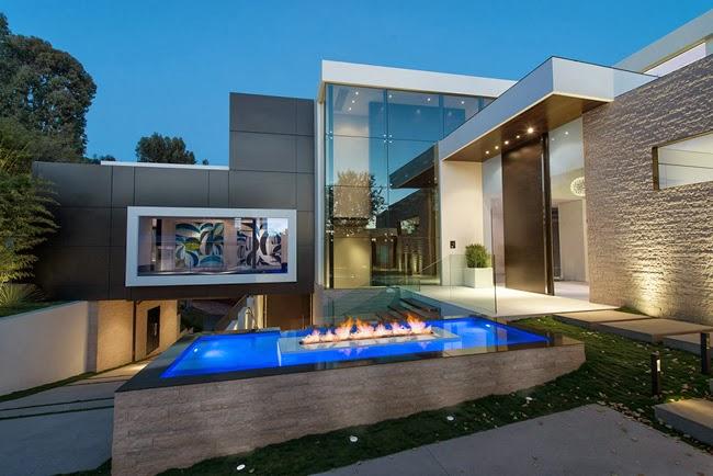 Casas minimalistas y modernas casa minimalista en beverly for Casa minimalista harborview hills