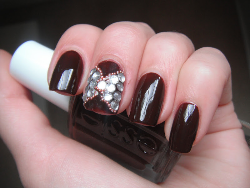 Blattitude nails rhinestone bows nail art with essie lady godiva blattitude nails prinsesfo Image collections