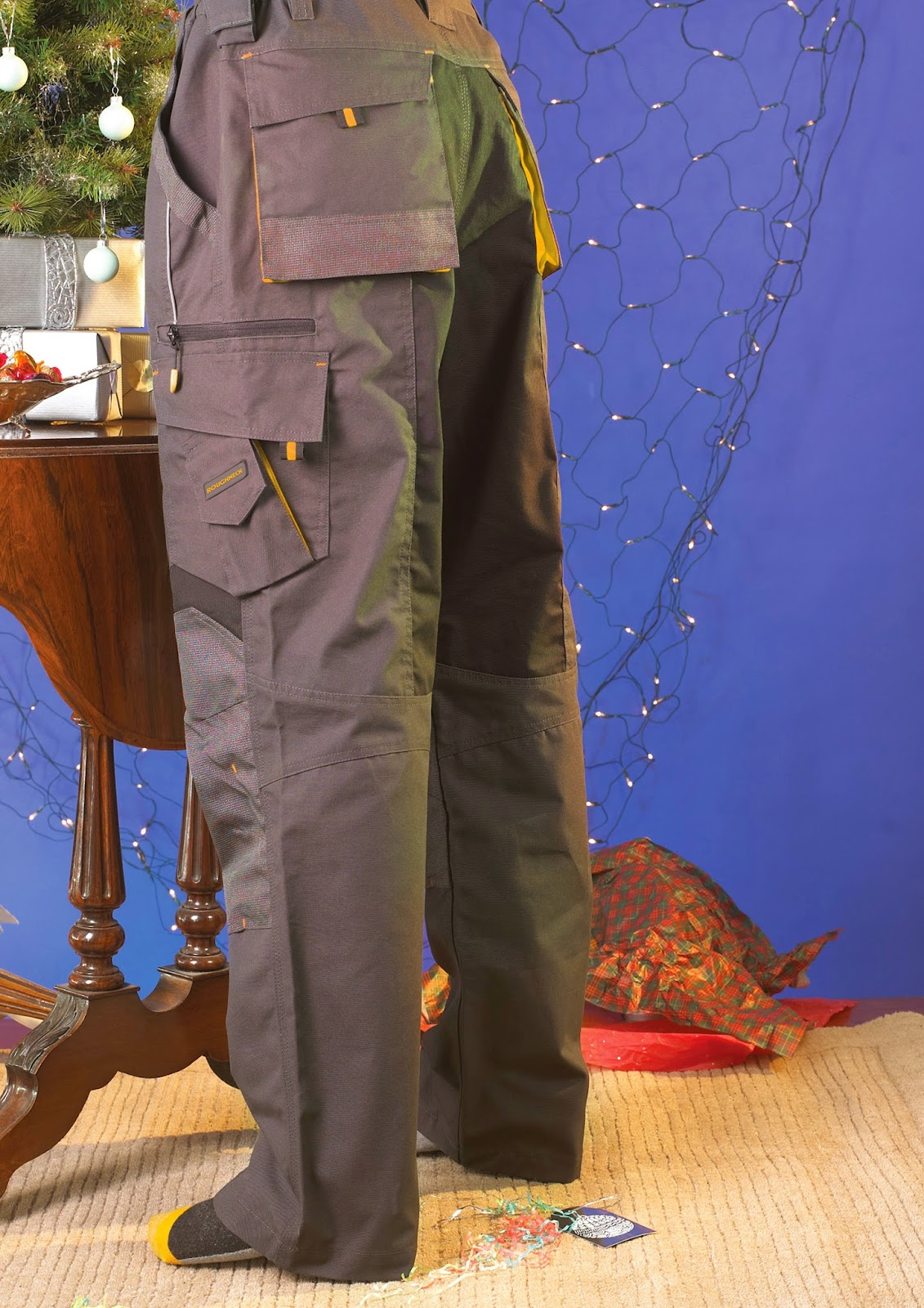 http://www.beesleyandfildes.co.uk/roughneck-work-trousers-32-leg-32-waist-ref-xms14trou32/