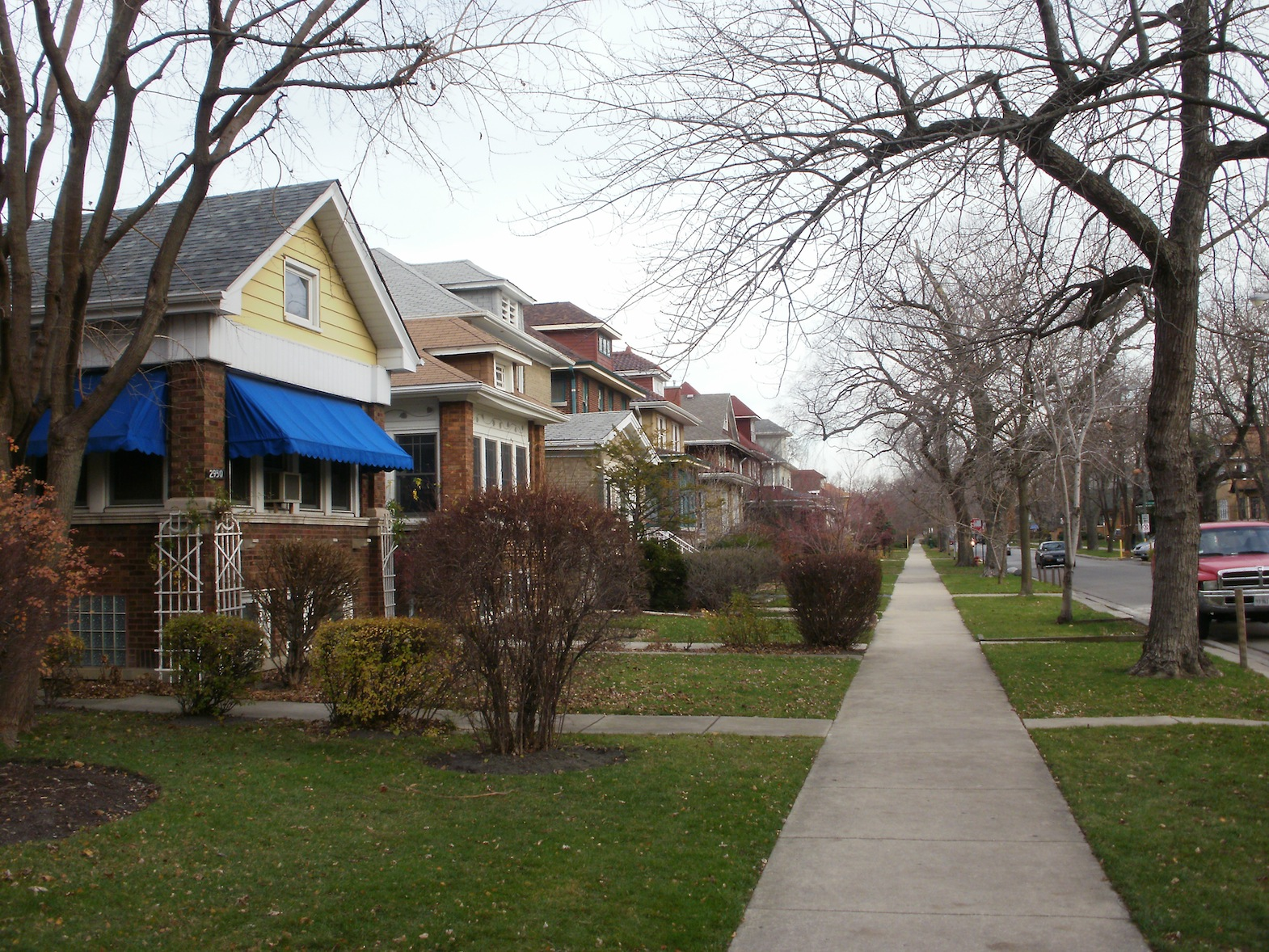 ravenswood personals Chicago's ravenswood neighborhood is popular  chicago: a family neighborhood with old world  their families as well as the singles set who are.