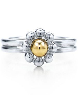 Beautiful Two Tone Flower Ring