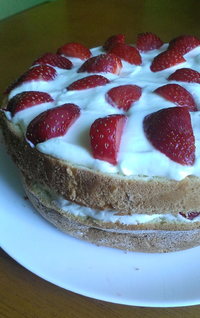 торт з полуниці рецепт