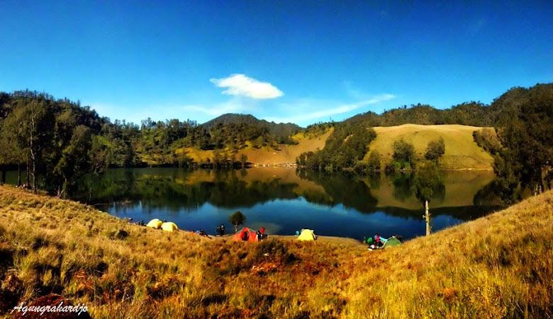 Danau Air tawar di Gunung Semeru