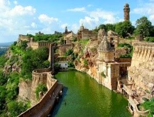 Chittorgarh fort Pemandangan Terindah di Dunia