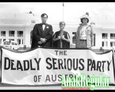 7 Nama Partai Politik Paling Aneh di Dunia