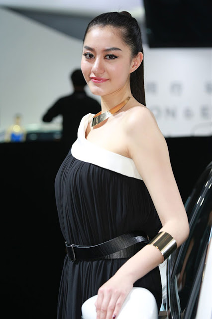foto model cantik Auto show China 2012.jpg