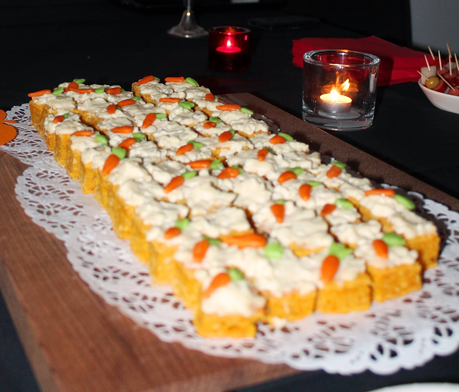 small carrot cake bites, great party, cocktail party or wedding desserts
