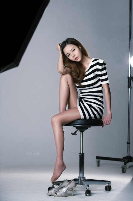 5 Seo Jin Ah in Black and White Mini Dress -Very cute asian girl - girlcute4u.blogspot.com
