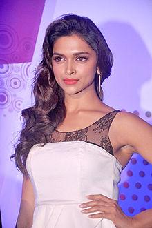 Deepika Padukone at IIFA 2013