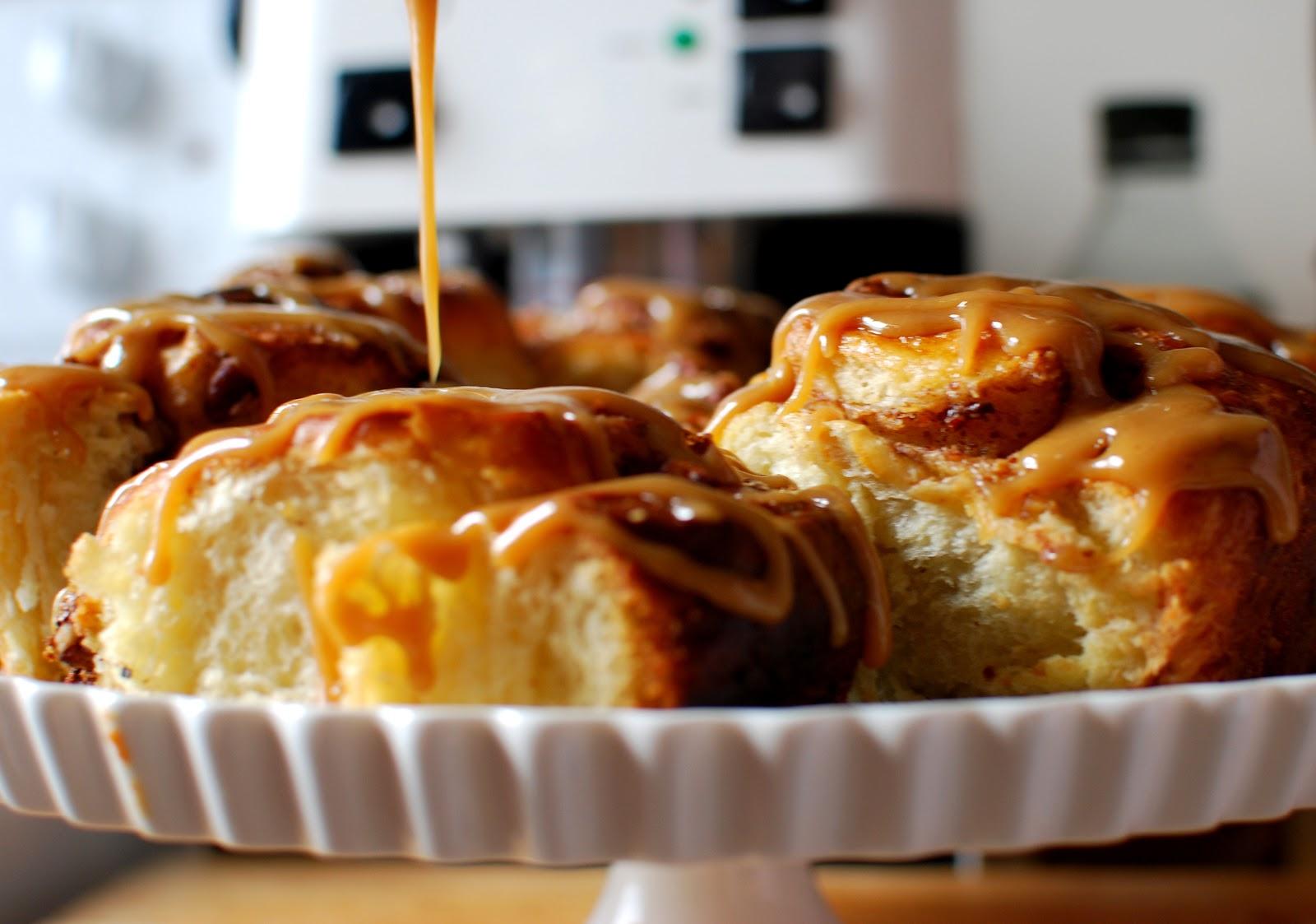 The Kitchen Boudoir: Caramel & Pecan Sticky Buns